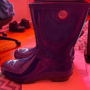 UGG RAIN BOOTS for Sale in Newark, NJ