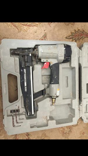 Porter Cable Pneumatic 16 gauge 2-1/2 Brad Nailer for Sale in Vancouver, WA