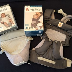 ErgoBaby 360 Air 4 Position Baby Carrier and Infant Insert for Sale in Mableton, GA