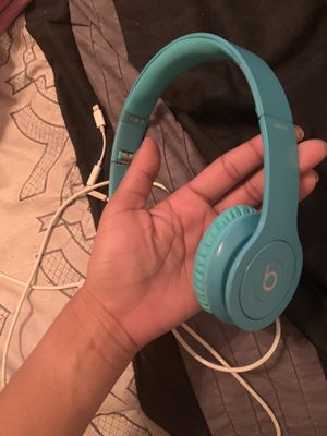 Beats solo HD limited edition color for Sale in Baltimore, MD