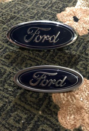 Trunk and front grill ford signs. for Sale in Dearborn, MI