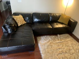 2 piece sectional couch for Sale in Upper Marlboro, MD