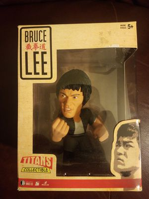 Bruce Lee Titans Collectible Toy Statue for Sale in Norwalk, CA