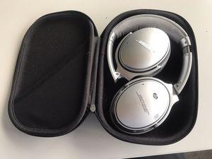 Bose QuietComfort 35 II - wireless bluetooth noise canceling headphones for Sale in Denver, CO