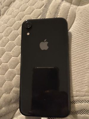 iPhone XR 64 gb for Sale in Compton, CA