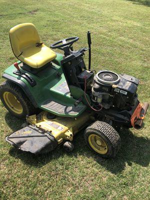 John Deere lawn tractor for Sale in Alvarado, TX
