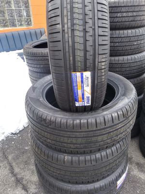 2755520 new tires all weather for Sale in Aurora, IL