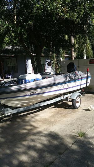 bayliner boat need gone today title in hand for Sale in Longwood, FL