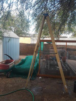 8 foot ladder for Sale in Phoenix, AZ