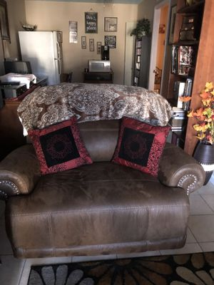 Leather manual recliner love seat for Sale in Centreville, VA