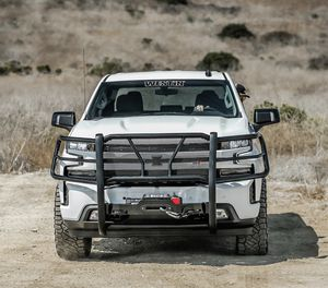 Westin HDX Winch mount Grille Guard for Sale in Claremont, CA