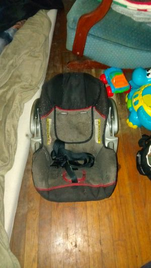 Graco car seat for Sale in North Little Rock, AR