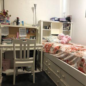 Kids Bed, Chair, Desk, Hutch for Sale in Santa Ana, CA