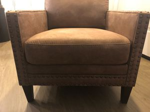 Brown accent chair for Sale in Santa Monica, CA