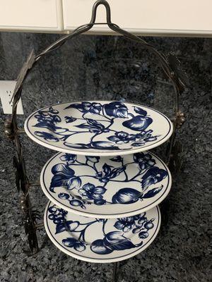 Iron leaf 3-tier serving piece with ceramic plates for Sale in Boynton Beach, FL