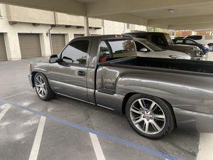 2002 GMC Sierra stepside for Sale in Riverside, CA