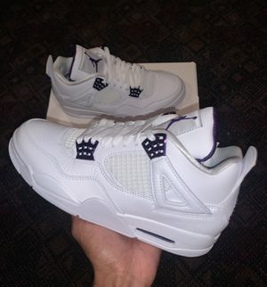 Air Jordan 4 Metallic Purple size 8.5 for Sale in Green Brook Township, NJ