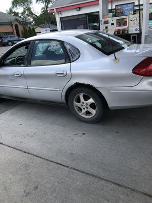 2002 Ford Taurus for Sale in Dearborn Heights, MI