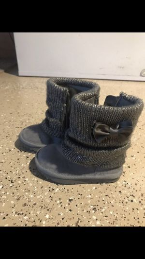 Toddler girls size 6 JUMPING BEANS boots for Sale in Oak Creek, WI