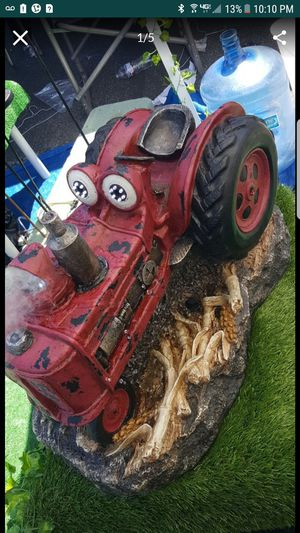 Tractor fountain with fogger action for Sale in Bell Gardens, CA