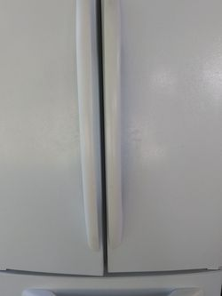 White Kenmore Refrigerator 330$$$ for Sale in Naples,  FL