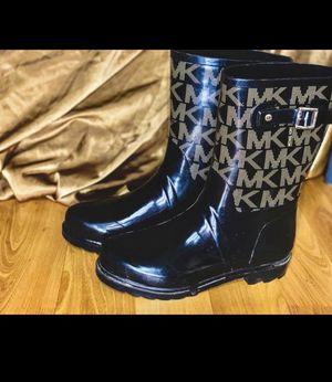MICHEAL KORS BLACK AND GOLDISH - stylish rain-boots for Sale in Post Falls, ID