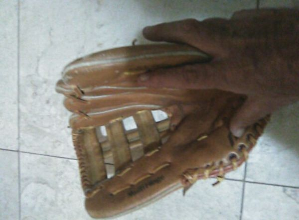 Baseball softball glove Tropical Park