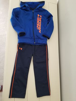 Under Armour sweatpant suit and free Nike shirt for Sale in Manassas, VA