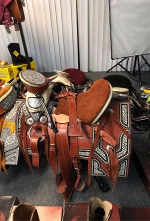Monturas exóticas 🐎 Horse Saddle for Sale in Torrance, CA