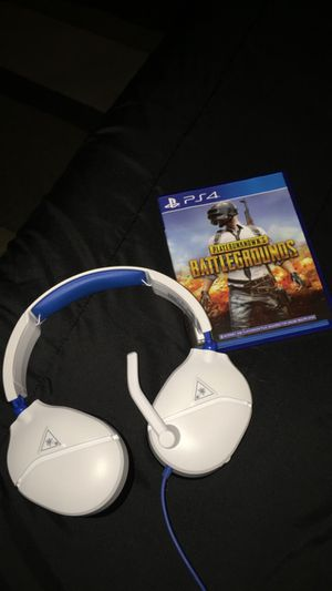 PS4 game and headphones for Sale in Prospect Heights, IL