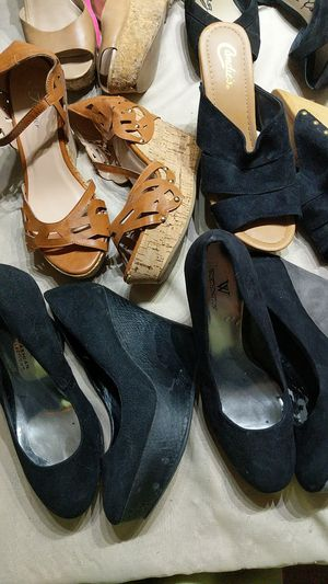 Woman shoes size 9 for Sale in North Lauderdale, FL