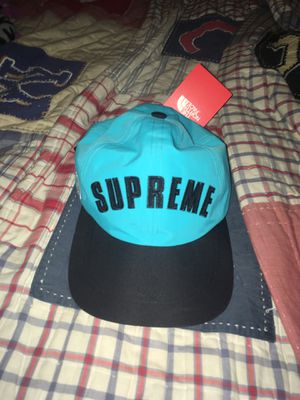 Supreme north face hat DS for Sale in San Jose, CA