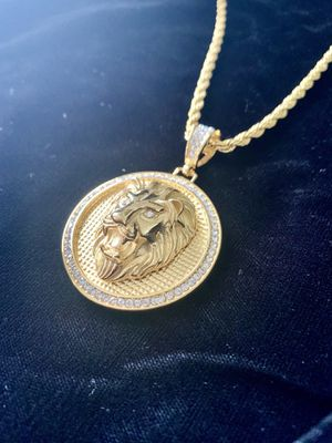 LION DIAMONDS cz 18K GOLD NEW CHAIN NECKLACE MADE IN ITALY!! ⭐️ BLACK FRIDAY EXTENDED ALL WEEK SALE!!!!! ⭐️ for Sale in Lake Park, FL