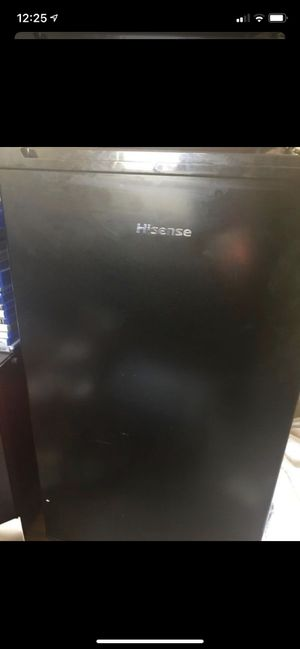 Mini fridge for Sale in Kennewick, WA