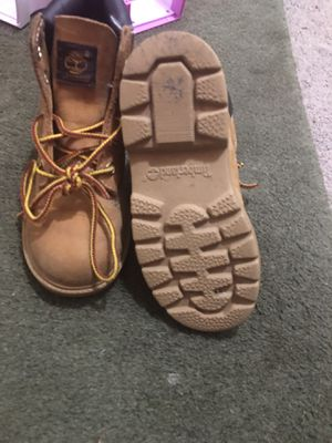 Size 10 toddler Timberland for Sale in Buffalo, NY