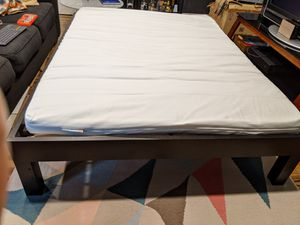 Minimalist West Elm Bed - - FULL (incl. frame, slats and mattress) for Sale in Austin, TX
