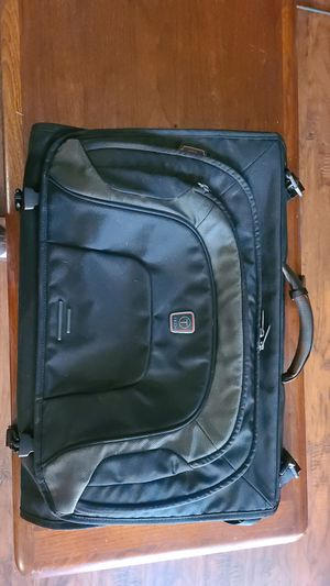 Tumi T-Tech Tri-Fold Carry-On Garment Bag for Sale in Bedford, TX