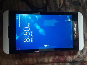 Blackberry Z10 Verizon/T-Mobile/MetroPCS/AT&T/Cricket/Straight Talk Phone Unlocked for Sale in Glendale, AZ