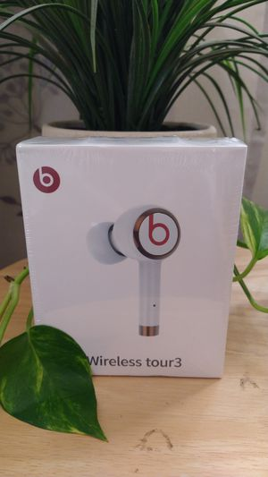 Beats by Dre wireless earbuds for Sale in MONTGOMRY VLG, MD