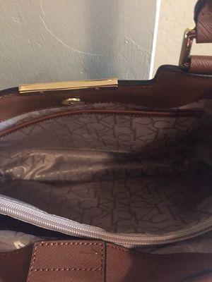Se bende esta bolsa esta nueva for Sale in Salinas, CA