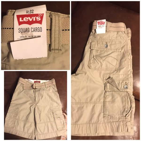New With Tags Men's Levi's Squad Cargo Belted Shorts Size 32 Loose Fit Below the Knee
