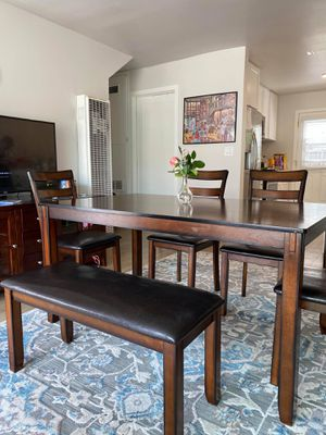 Modern | Solid Wood | Dining Table Set for Sale in Torrance, CA