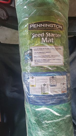 Seed starter mat 39in×18 feet roll for Sale in Dearborn, MI