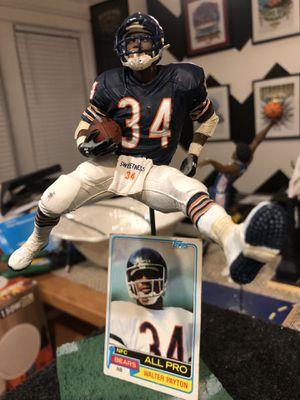Mcfarlane Toys rare Walter Payton, 1981 Topps football card! for Sale in Washington, DC
