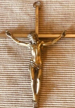 Vintage INRI Brass Crucifix for Sale in North Little Rock, AR