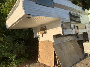 Free camper. Police said no one on title. Free in Parkland. for Sale in Spanaway, WA