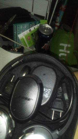 Bose quiet comfort 3 noise cancelling for Sale in Dellwood, MN