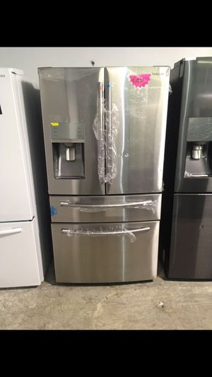 NEW!!! SAMSUNG (STAINLESS STEEL) GRAB & GO FRIDGE!!! for Sale in Los Angeles, CA