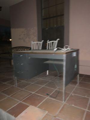 Table desk study for Sale in San Antonio, TX