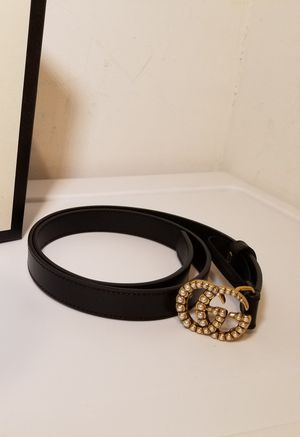 Gucci Skinny Pearl Buckle Black Leather Belt for Sale in Queens, NY